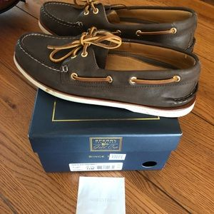 NWT Men's Sperry Gold Cup Shoes